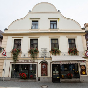 Kavárna Coffee Noll nesoucí jméno slavného německobrodského herce