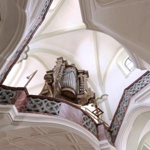 Interiér kostela sv. Jana Nepomuckého na Zelené hoře