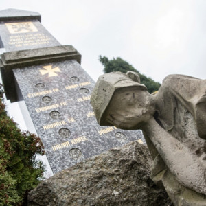 Pomník obětem I. světové války v Kožichovicích na Třebíčsku