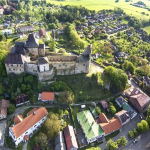Letecký pohled na hrad Lipnice nad Sázavou